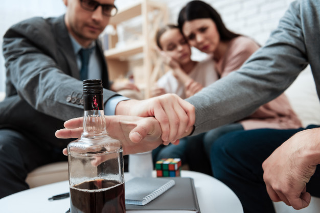 5 Tips to Help Someone in Overcoming Drug Addiction
